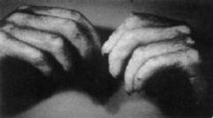 Ефекти на мускулна контракция обясняват растежа на ноктите на мъртвите